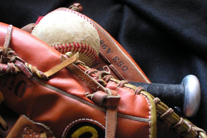 Mobile Betting is Coming to Arizona and Baseball