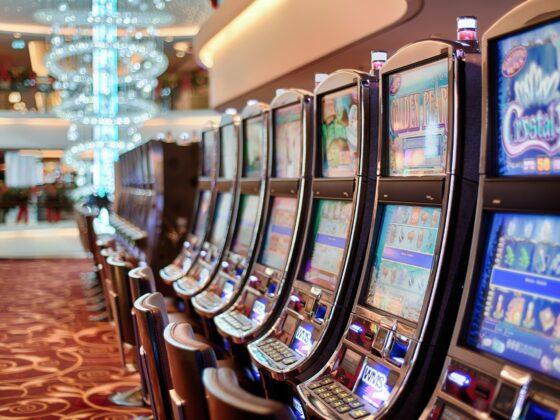 Vegas Casinos Returning to 100% Capacity