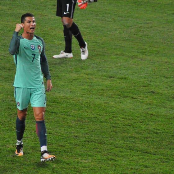 Cristiano Ronaldo's Net Worth is $1 billion